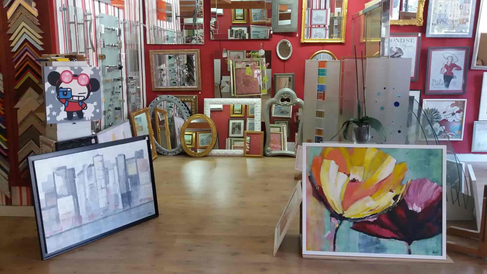 Marcos, pinturas y espejos a medida en Cuadros Perea